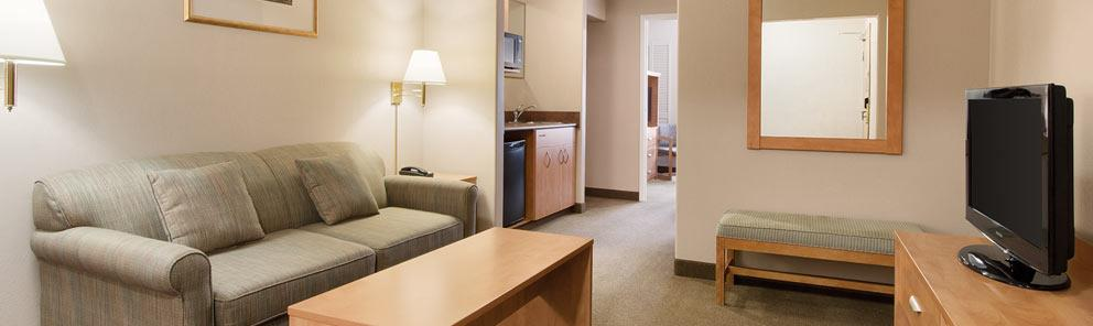 Days Inn & Suites Thunder Bay Suite