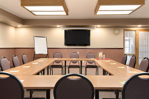 Tamarack Meeting Room at Days Inn & Suites Thunder Bay