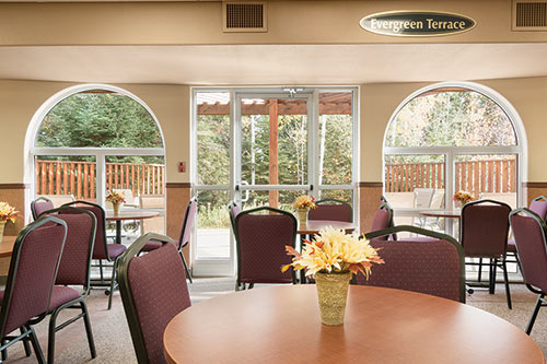Breakfast Room at Days Inn - Thunder Bay North
