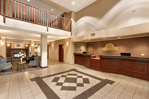 Lobby at Days Inn - Thunder Bay North